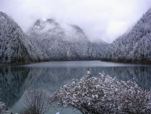 四川九寨溝黃龍照片:2005年10月的九寨溝