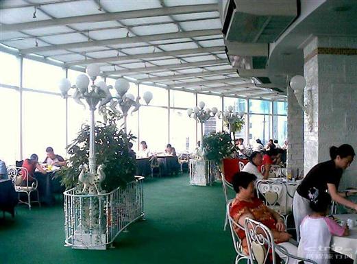 阳光餐厅_阳光唯美图片_阳光美女