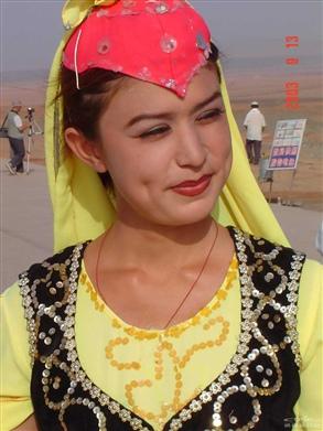 维族姑娘_照片分享 - 携程旅行网