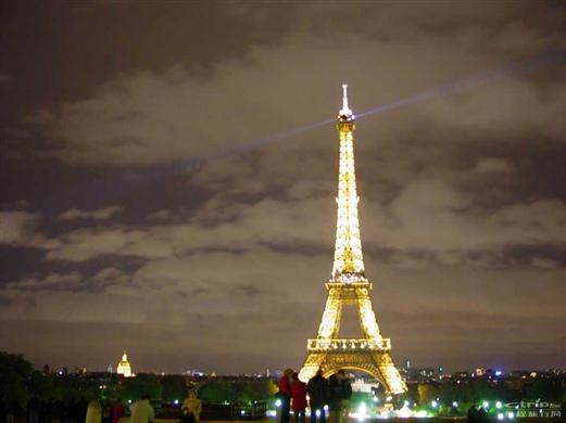 艾菲尔巴黎铁塔夜景图片大全下载; 你愿意花4亿人民币买这栋房子吗?