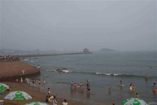 青岛栈桥及海水浴场3