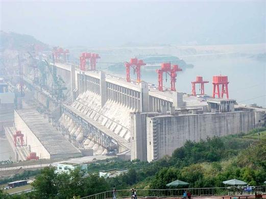 三峡大坝全景1