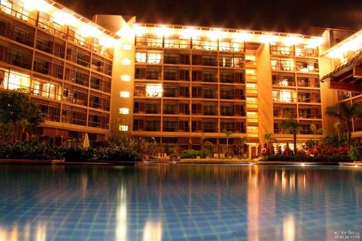 三亚亚龙湾红树林度假酒店夜景