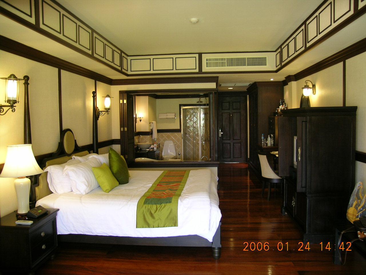 旅游攻略 喜欢泰国 - 2006曼谷,清迈,华欣游记3  坐到了回家的飞机上.