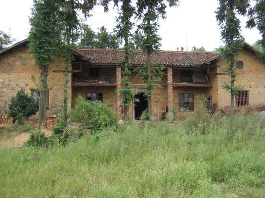 鄉村土房子圖片