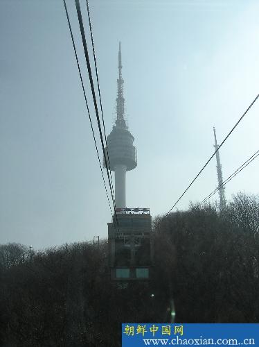 (缆车上南山比较方便,首尔塔最好能上去,对于尽快熟悉首尔地形很有
