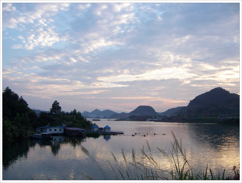夕阳 曝晒于千岛湖 图片 289k 2626x1992 夕阳影院老太 ...