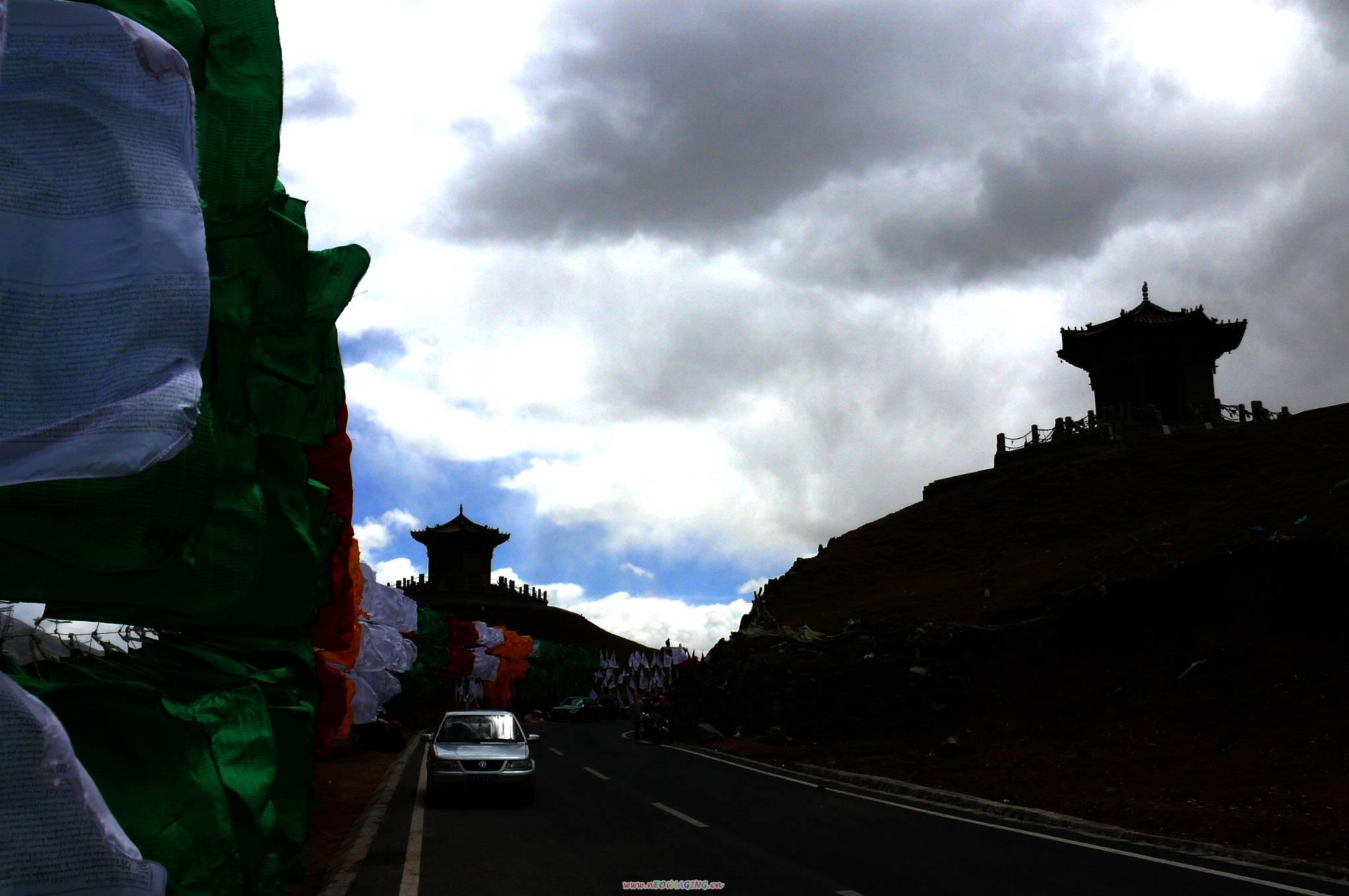 走过日月山(青海青海湖);     (日月山); 日月山景区
