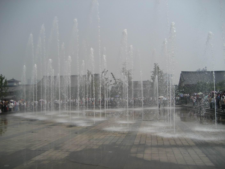 (大雁塔北广场音乐喷泉)