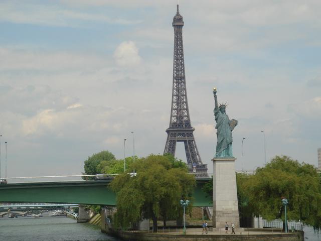 自由女神像 走马观花逛欧洲之塞纳河 高清图片