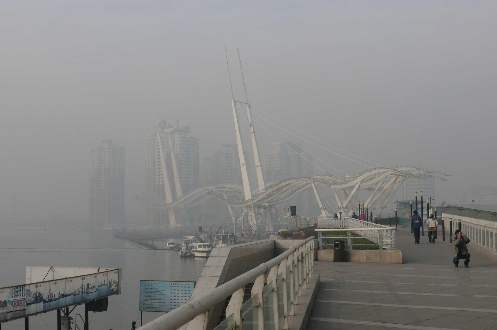 天津塘沽海滩照片