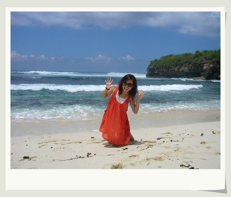 beach,蘑菇海滩,还可以去看灯塔,风景相当好,绝对超值.