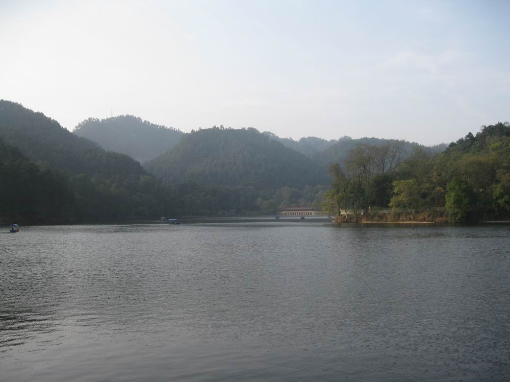 贵州贵阳黔灵山公园,花溪,安顺黄果树瀑布之旅