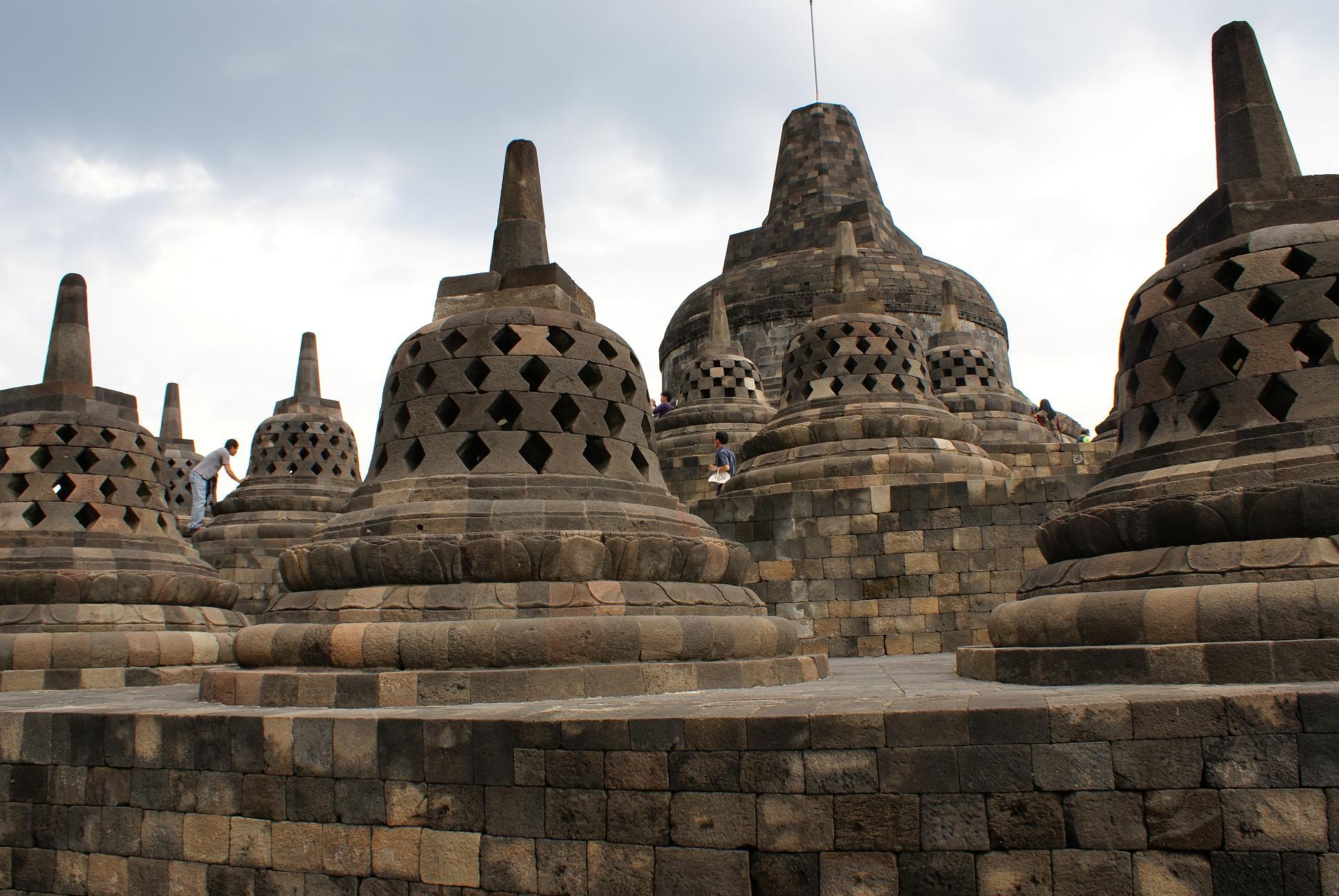 印度尼西亚婆罗佛屠佛塔(borobudur),普兰巴南寺庙群